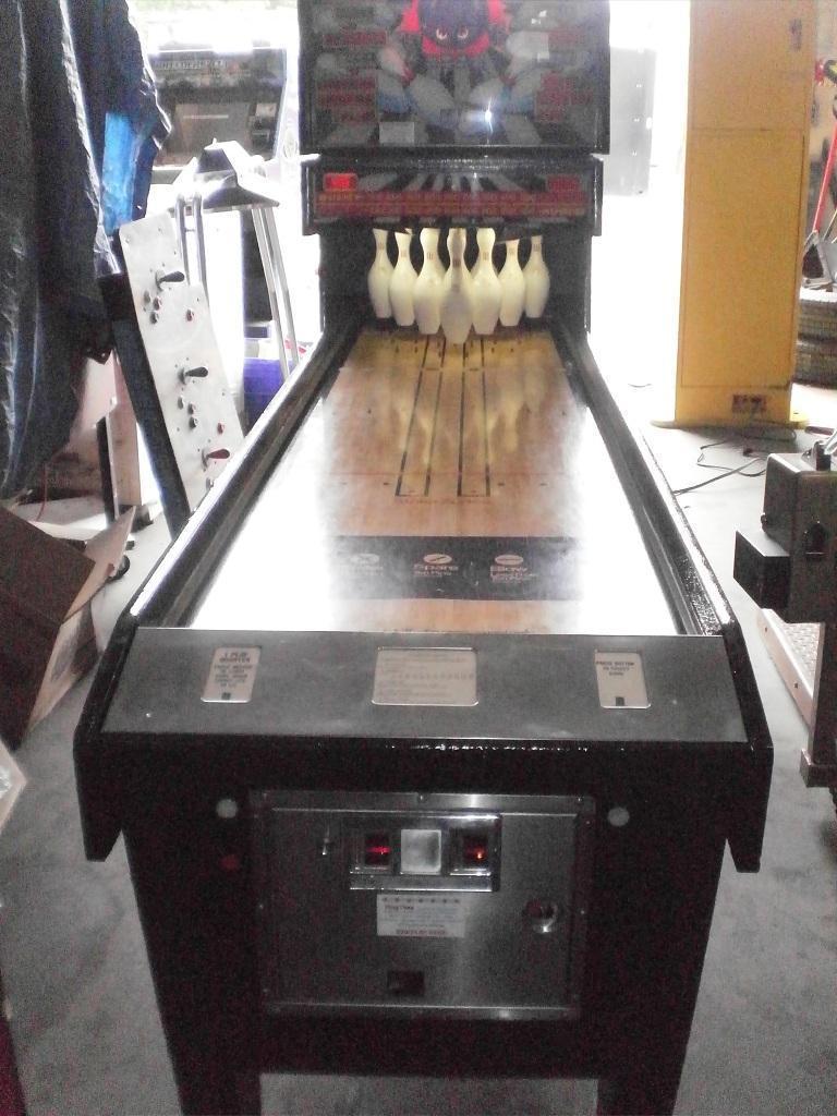 Shuffleboard/Bowl/Skeeball
